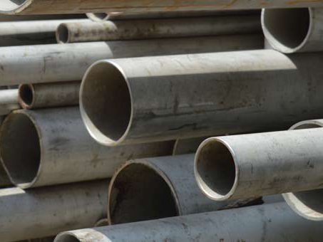Laying of thin-walled stainless steel pipes