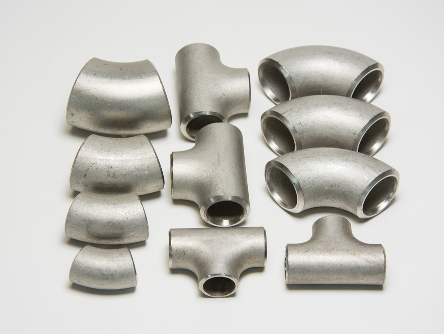 The casting measures for stainless steel pipe fittings