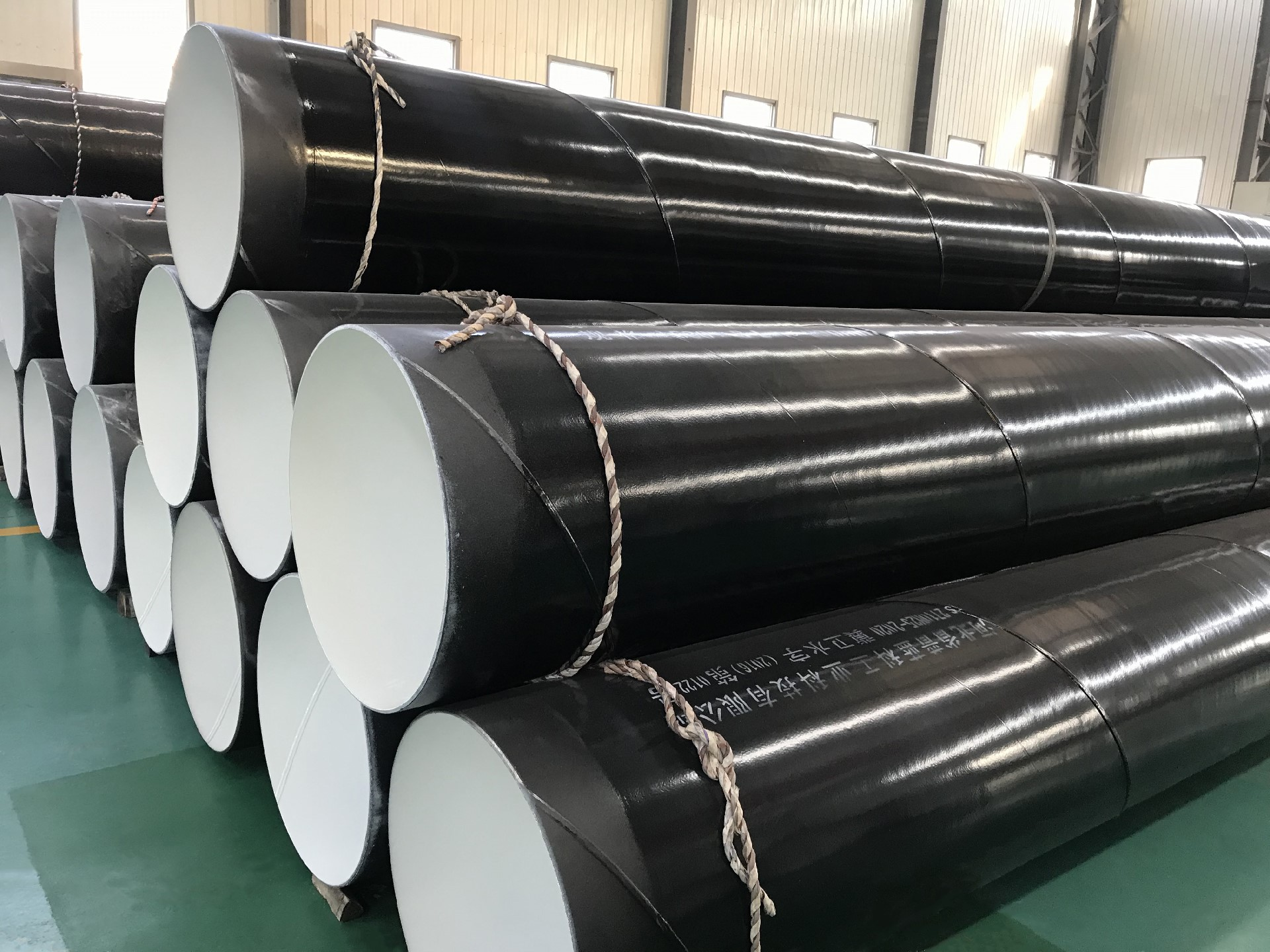 Plastic coated steel pipe inside and outside